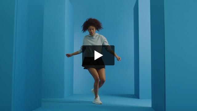 Kinetic Lite Lace Sneaker - Women's - Video