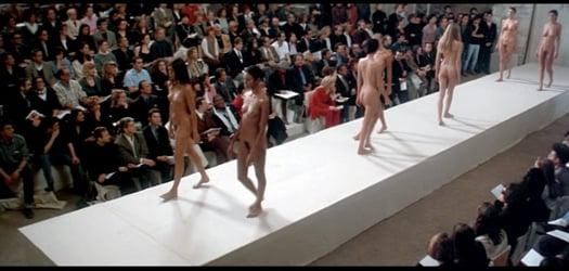 Performance Nude Women