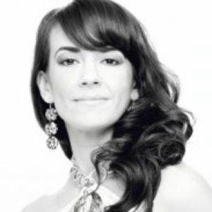Profile picture for Laura Furtado