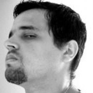 Profile picture for Douglas Alves