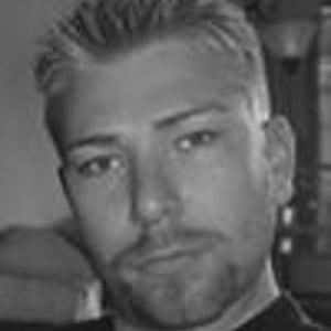 Michael Scheel Vestbo followed Imran Hanif - 11372072_300x300