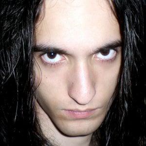 Profile picture for Vinicius Costa - 1371136_300x300