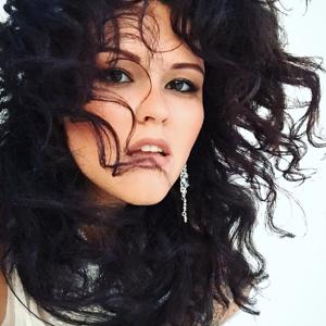 Profile picture for Viola Komarenko