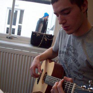 Profile picture for Louis Scott