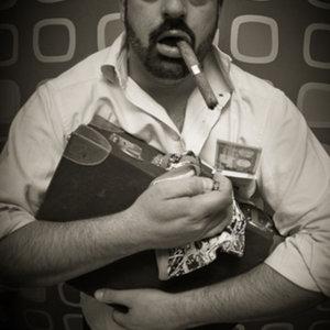 Profile picture for Luis Leonardo