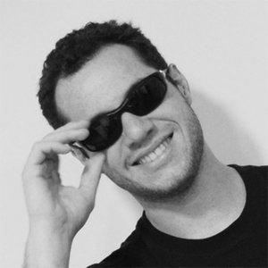 Profile picture for Daniel Simon