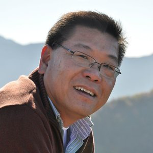 Profile picture for Leslie Chan