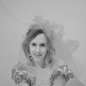 Profile picture for Laura Irene Burke