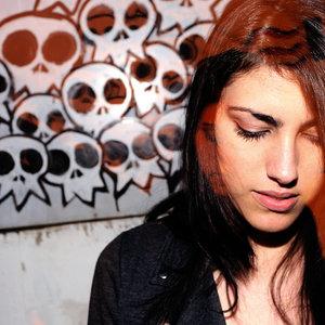 Profile picture for Mariara Freitas