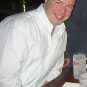 Profile picture for R Cash