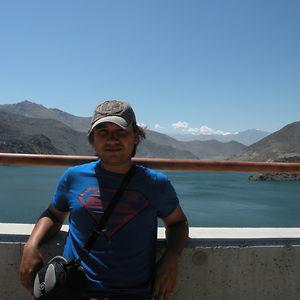 Profile picture for Carlos Avaria