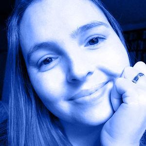 Profile picture for Lia Caldas