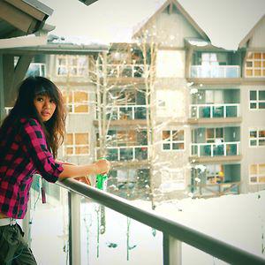 Profile picture for Lara Rotrakarn