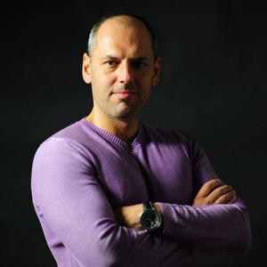 Profile picture for Simone Forti