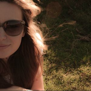 Profile picture for Chloe Hughes