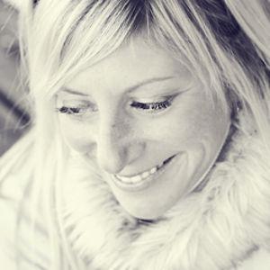 Profile picture for Leigh Caraccioli