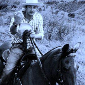 Profile picture for gustavo garces