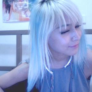 Profile picture for laura matsue