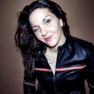 Profile picture for VIV G