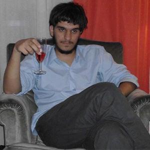 Profile picture for Nicolás Toler