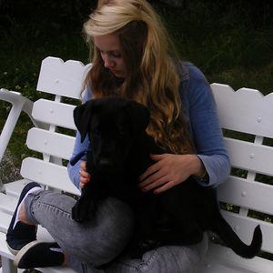 Profile picture for Laura Maloney