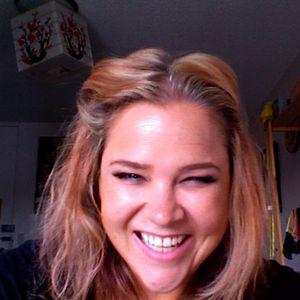 Profile picture for Yvie Jones