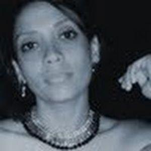 Profile picture for Karina Santos