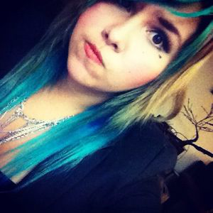 Profile picture for Andie Salmon