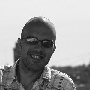 Profile picture for Luis Pereira