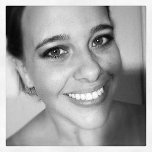 Profile picture for Amy Hanlon