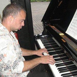 Profile picture for Barney Musician