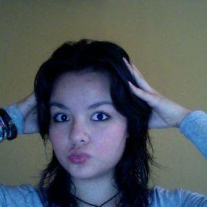 Profile picture for Karen Priscila