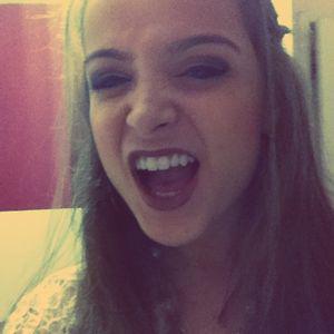 Profile picture for Juliane Crystine Bonamente