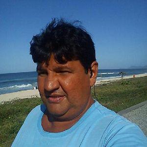 Profile picture for Cláudio Baptista