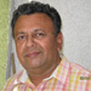 Profile picture for RaviKarandeekar