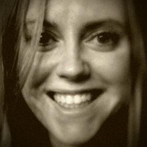 Profile picture for Naomi Devine