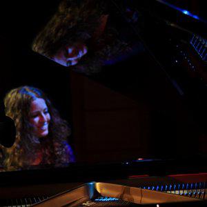Profile picture for Carolina Estrada