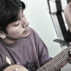 Profile picture for Carlos Causto