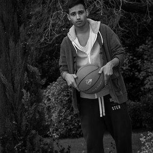 Profile picture for Sanjeev Rattan