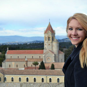 Profile picture for Sara Baeuchler