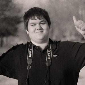 Profile picture for Andrew Syrattanakoun
