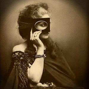 Profile picture for Célia Bchir