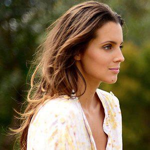 Profile picture for Melissa Ambrosini