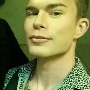 Profile picture for Daveo Falaveo