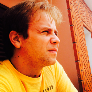 Profile picture for Helder De Andrade