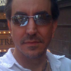 Profile picture for Julio Alvarez