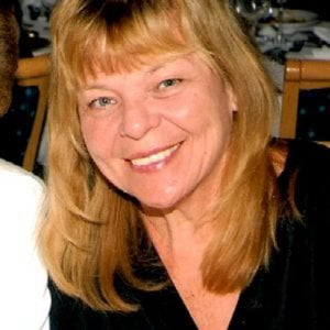 Profile picture for Lynda Graham