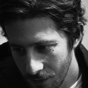 Profile picture for Simon Cahn