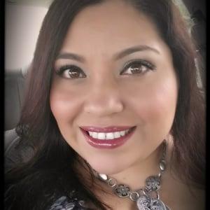 Profile picture for <b>Mayra Juarez</b> - 9179318_300x300