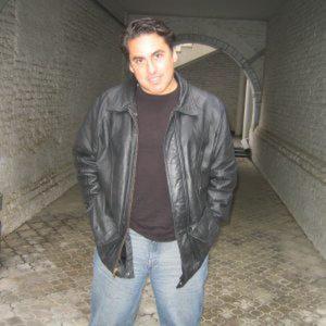 Profile picture for simon balderas